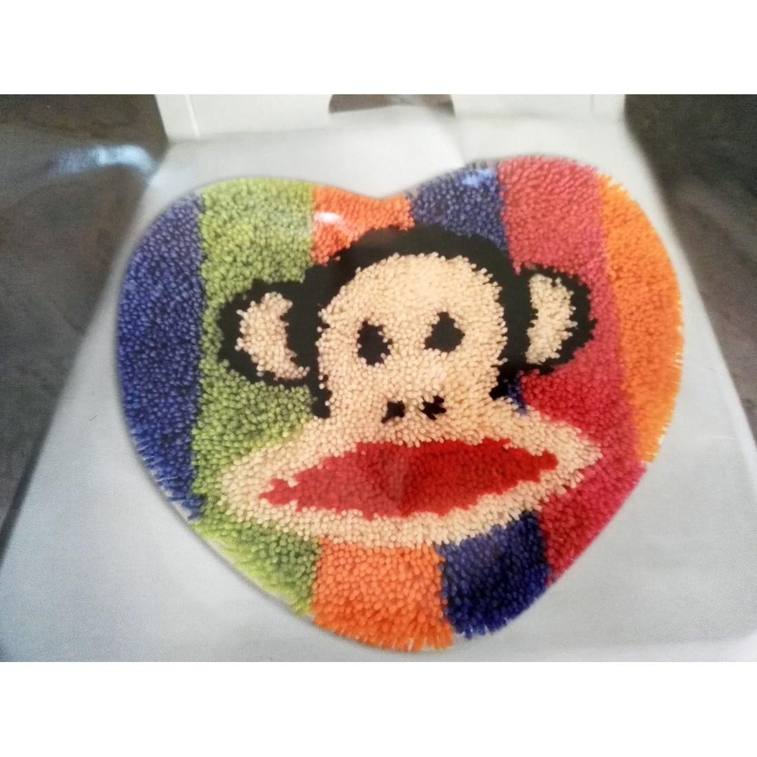 Latch hook małpka