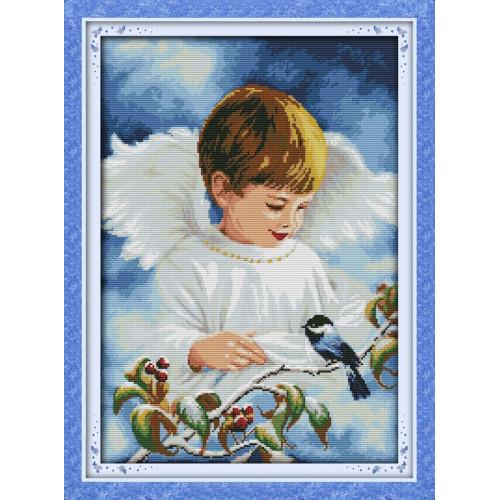 Chłopiec śliczny aniołeczek