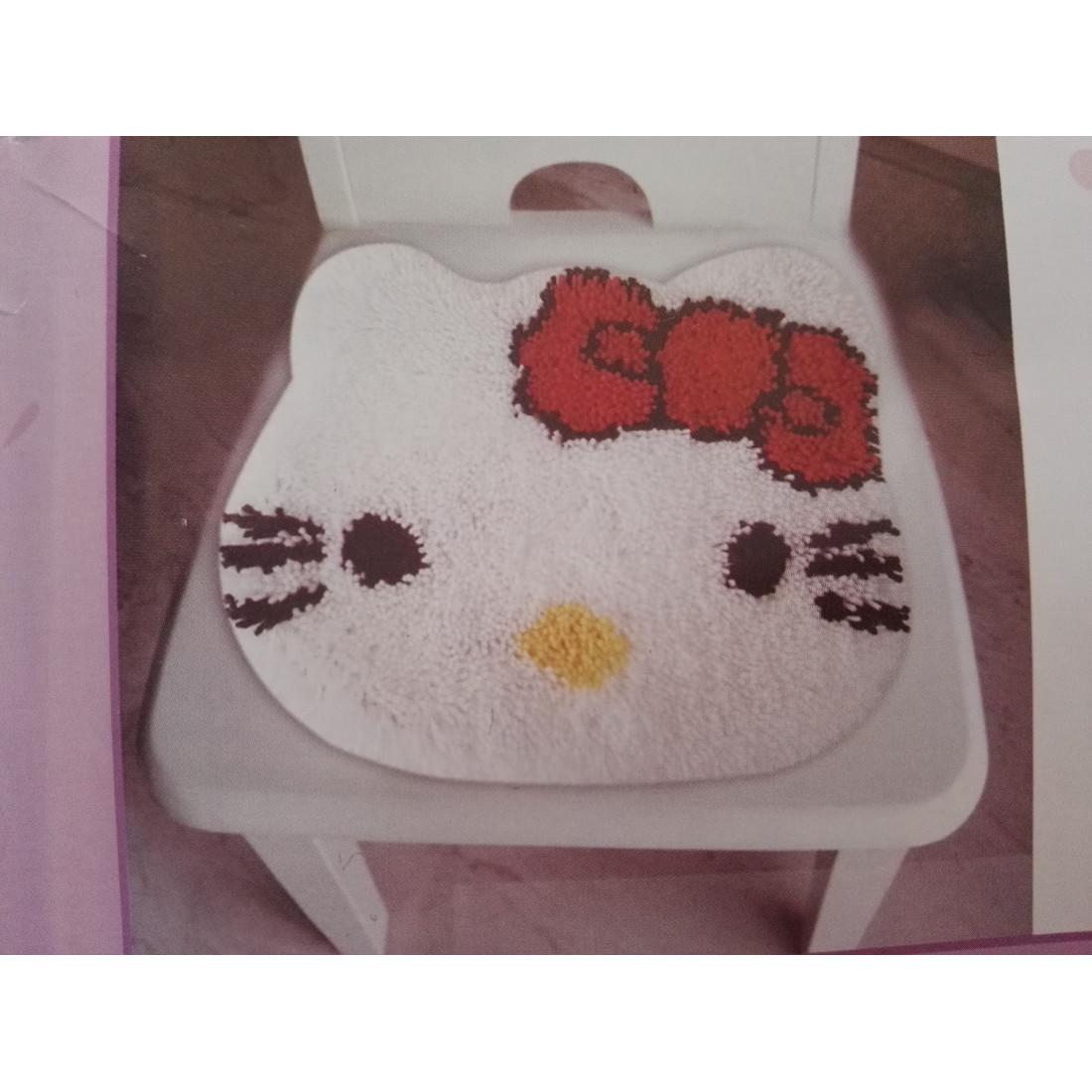 Latch hook Hello Kitty